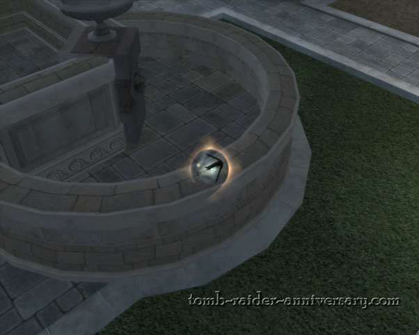 Tomb Raider Anniversary - Croft Mansion - get in the center of the garden